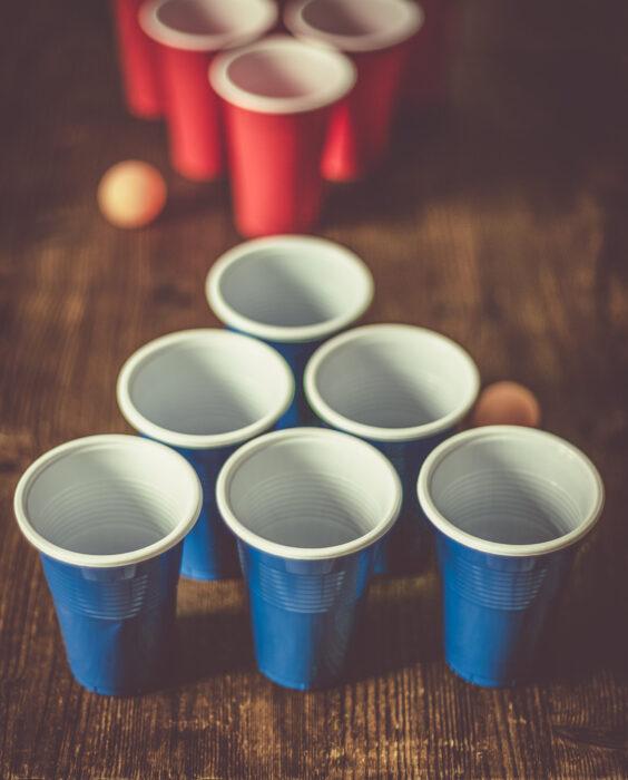 Кратко про игру beer pong