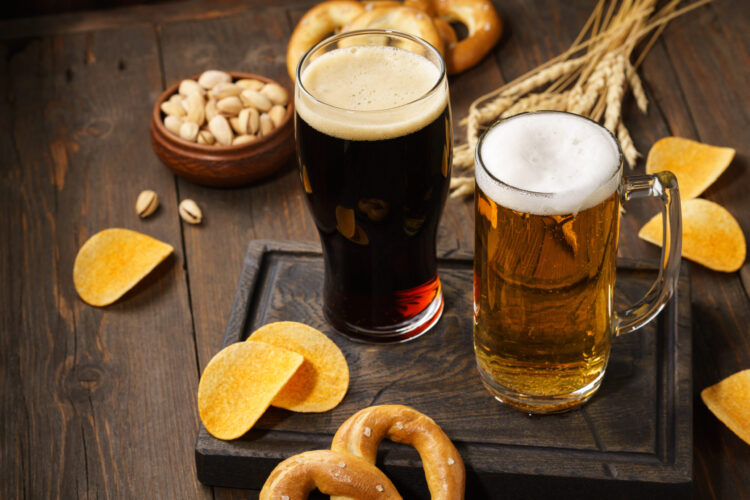 Что калорийнее светлое или тёмное пиво?