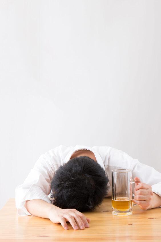 Почему от пива вам хочется спать больше, чем от других спиртных напитков?